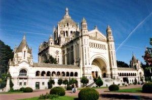 lisieux-basilica-therese