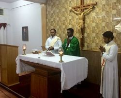 Fr. Thomas Vinod, district superior, was the main presider at the opening Mass.